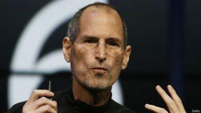 ¿Qué buscaba Steve Jobs en sus empleados de primer nivel?
