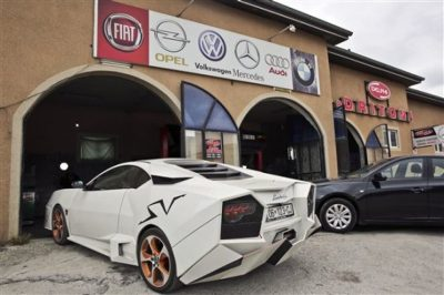 "Aficionado construye su propio ""Lamborghini"""