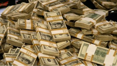 Dólar avanzó ante el peso debido a situación en mercado petrolero