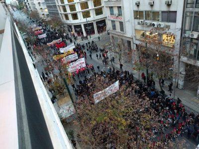 Encuentran bombas molotov en Atenas que serían usadas en marchas contra Obama