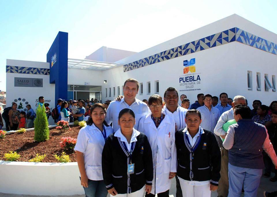 Rafa moreno valle inaugura centro de salud en san juan - Centro de salud san juan ...