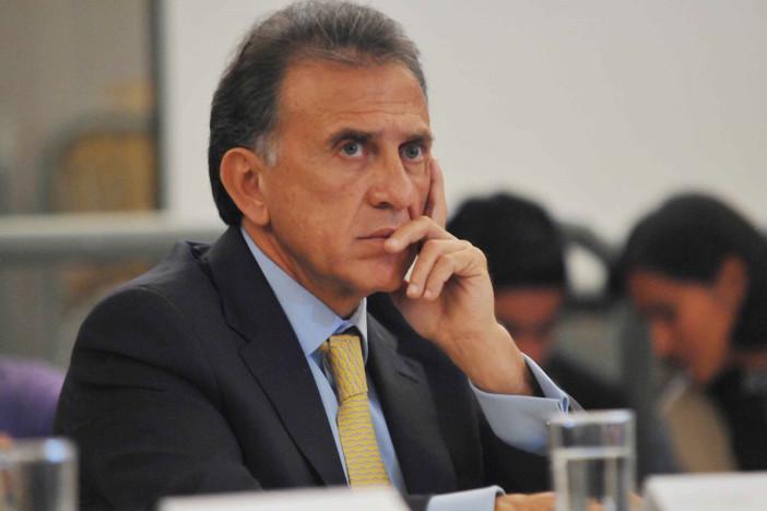 ¿Yunes Linares oculta actos de Duarte?