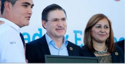 José Aispuro Gobernador de Durango: Desde agosto más becas para inscripción a nivel superior