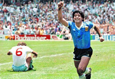 Medalla de Maradona fue subastada en más de 9 mil dls