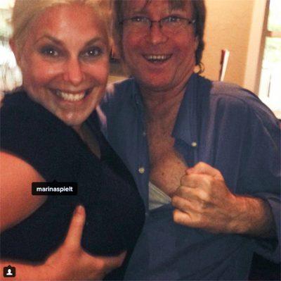 El hombre que apostó 100 mil dólares por realizarse implantes de senos de mujer.