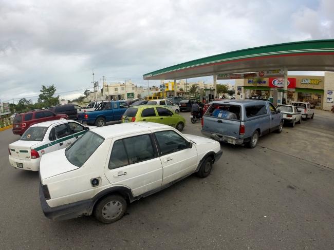 Caen hasta 50 por ciento ventas en gasolineras por comercio ilegal de combustible