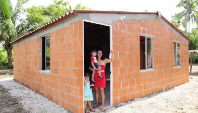 Sedatu entrega casas inhabitables en Chiapas