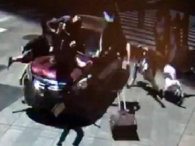 Cámaras de seguridad captaron el momento del accidente del Times Square