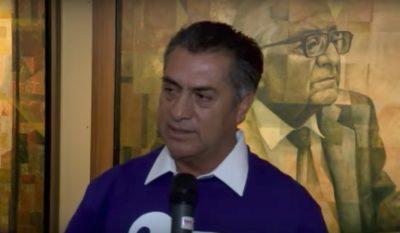 'El Bronco' retira a reportero del periódico 'El Norte' de conferencia de prensa (VÍDEO)