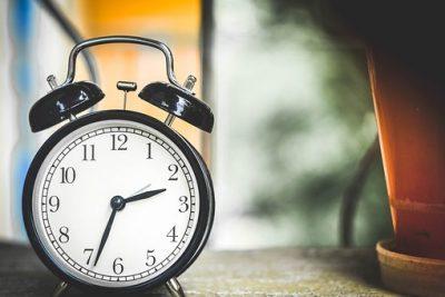 Por esta razón debes dejar de dormir hasta tarde los fines de semana