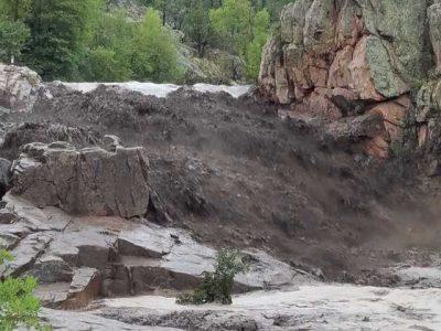 Los sorprende crecida de un río y deja 8 muertos y 3 desaparecidos en Arizona