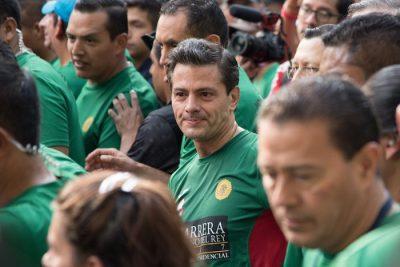 Peña acude a una carrera y ciudadano le mienta la madre (Video)