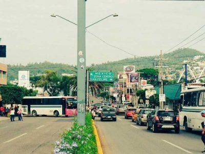 La CNTE vuelve a bloquear la terminal y aeropuerto de Oaxaca