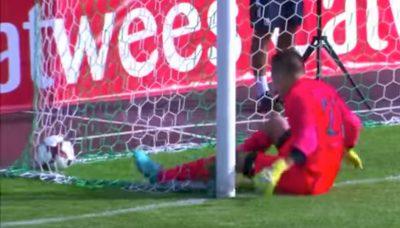 Anotan un gol a los 14 segundos sin tocar el balón (VÍDEO)