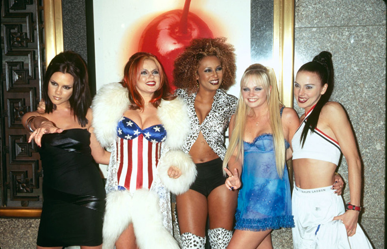 Escándalo sexual de una ex integrante de las Spice Girls sale a la luz
