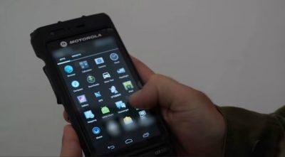 Motorola trabaja en un celular que se repara solo