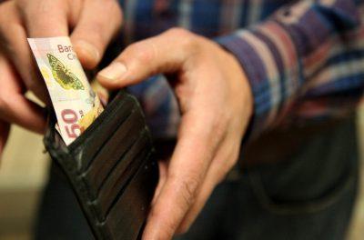 Estados Unidos pediría a México subir salarios dentro del TLCAN