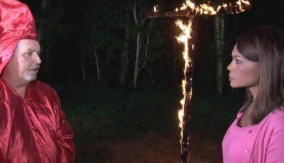 "Líder del Ku Klux Klan amenaza a periodista afrodescendiente: ""Te voy a quemar viva"""