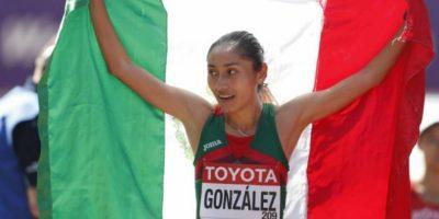 Lupita González se corona con la medalla de plata en el mundial de atletismo
