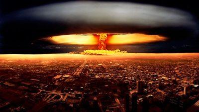 Esto es lo que debes de tener en tu mochila si cae una bomba y logras sobrevivir