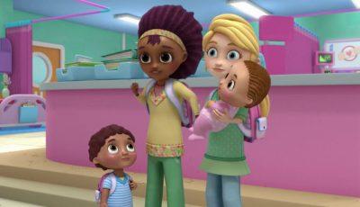"Disney muestra a pareja homosexual en la ""Doctora Juguetes"""