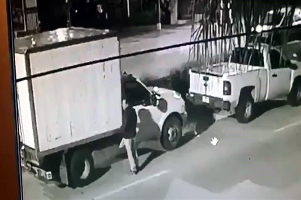 Sujeto roba camioneta con víveres en Puebla