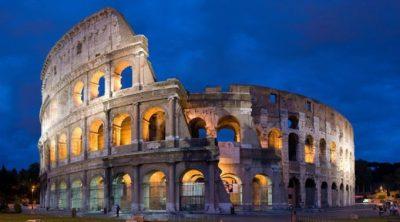Pareja es detenida por robarse pedazos del Coliseo Romano
