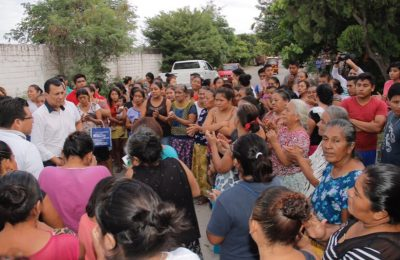 Diputado del PRI causa revuelo al lucrar con damnificados en Oaxaca