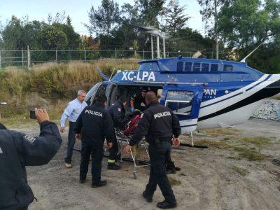 """Traslada el helicóptero """"Águila 1"""" a persona lesionada luego de ser herida de gravedad."""