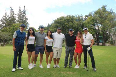 Regidores de Querétaro juegan golf en horas laborales