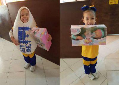 Huevo San Juan premia a niña que se disfrazó de su producto