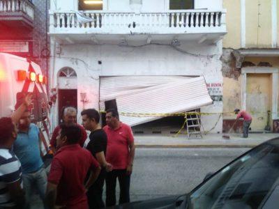 Se desploma piso en Puerto de Veracruz