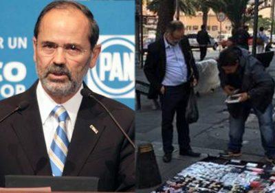 Cachan a Gustavo Madero del PAN comprando un cargador para celular de 'fayuca'