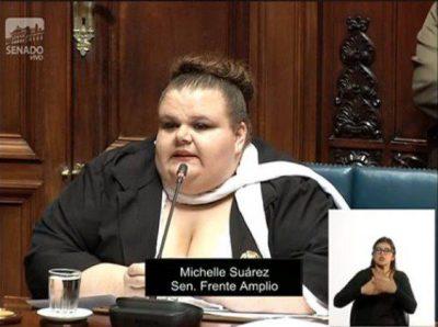 Asume cargo la primera senadora transexual