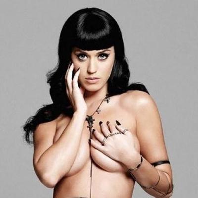 Katy Perry fue Caballero del Zodiaco por un día (FOTOS)