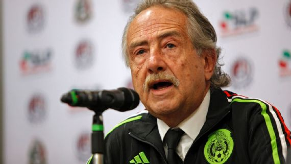 Decio de María ratifica a Juan Carlos Osorio al frente del Tri
