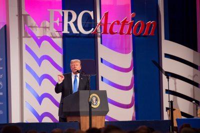 """Trump asegura que el Estado Islámico """"fue vencido gracias a él"""""""