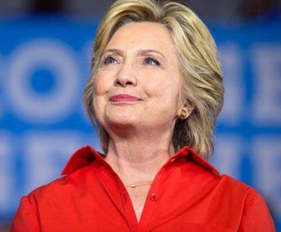 "De ""tenebrosa"" y mitómana acusa WikiLeaks a Hillary Clinton"