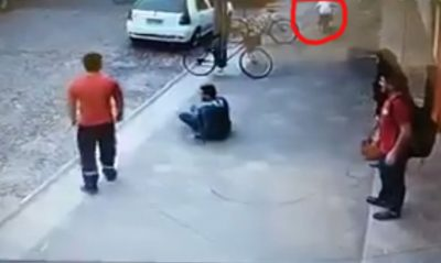 Imagenes desgarradoras de como atropellan a un hombre y el responsable huye