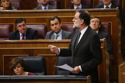Rajoy amenaza a Cataluña