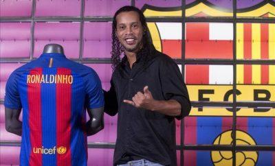 Ronaldinho revela las razones por las que salió del Barcelona