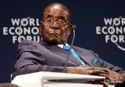 Robert Mugabe renuncia como Presidente de Zimbabwe