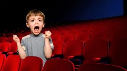 Cinépolis prohíbe el ingreso a menores de 3 años