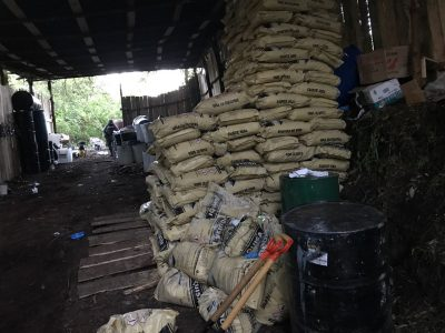 Impresionante narcolaboratorio en Michoacán (FOTOS)