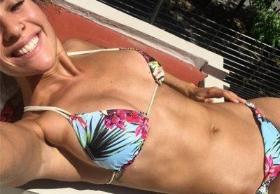 Ivana Nadal se convierte en la diosa del bikini caliente (Fotos)