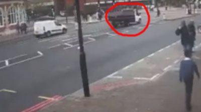 ¡Indignante! Atropellan a un anciano a plena luz del día (VIDEO)