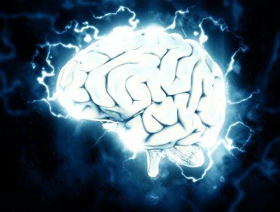 El cerebro se atrofia al no dormir bien, se compara con estar borracho