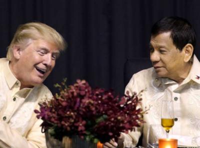 Presidente de Filipinas canta romántica melodía a Donald Trump (VIDEO)