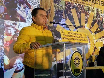 Manuel Granados toma protesta y asume la dirigencia del PRD