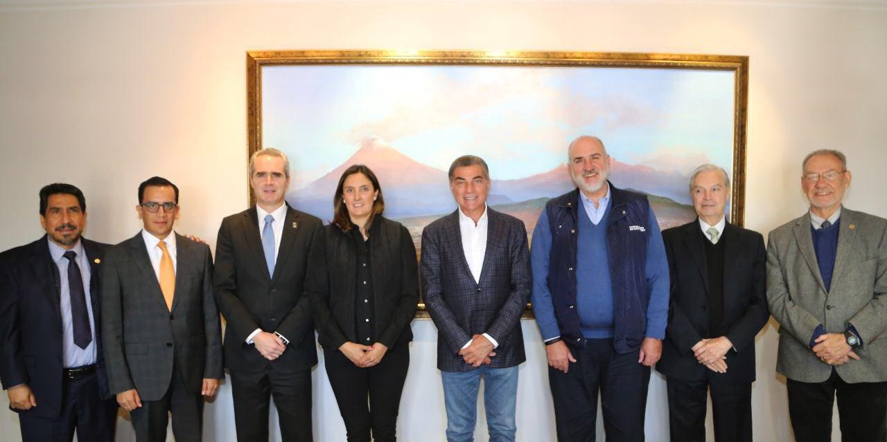 Tony Gali garantiza la calidad educativa a nivel superior en Puebla